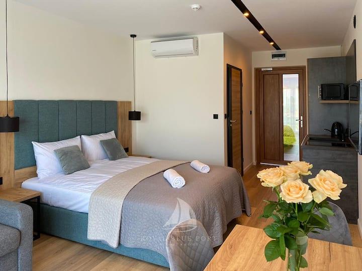 Apartament 4 osobowy z klimatyzacją i tarasem