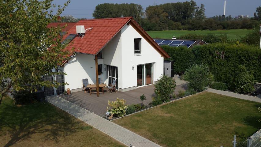 Exklusives Haus in schöner ruhiger Wohnlage - Altrip