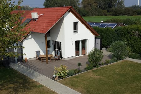 Exklusives Haus in schöner ruhiger Wohnlage - Altrip - Talo