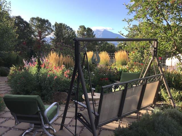 Cains Mountain Retreat