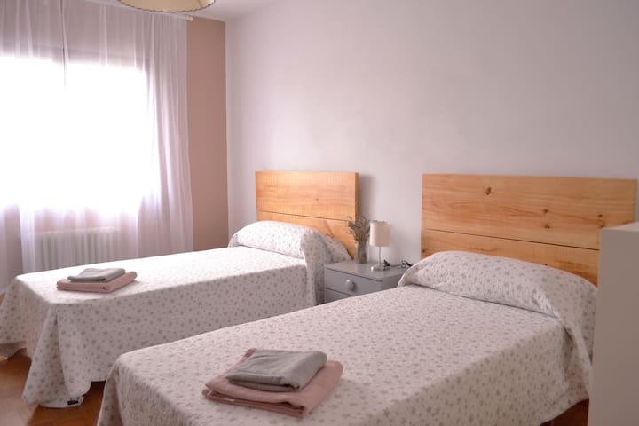 Habitación en piso céntrico en Ribadeo