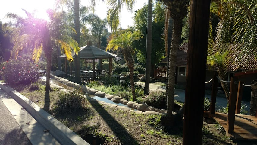The Dragonfly Retreat - Escondido