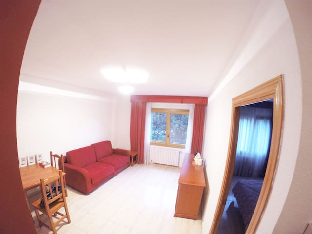 Cozy apt in Andorra - Sant Julià de Lòria - Apartment