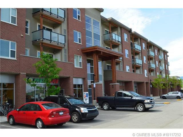 Vacation home away from home - Kelowna - Condominium