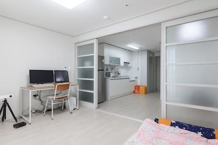 new house, very clean,cozy house - Deokyang-gu, Goyang-si - Wohnung