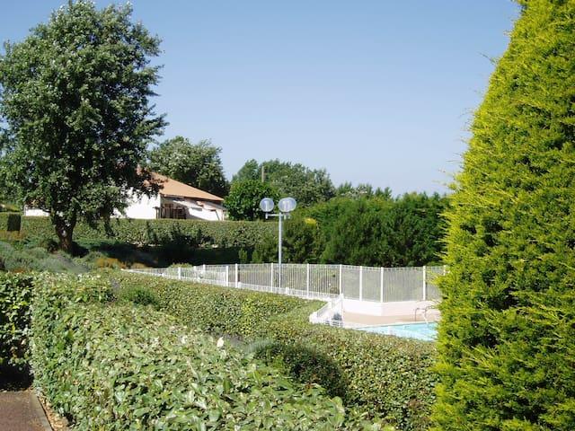 Maison de vacances dans résidence avec piscine - Notre-Dame-de-Monts