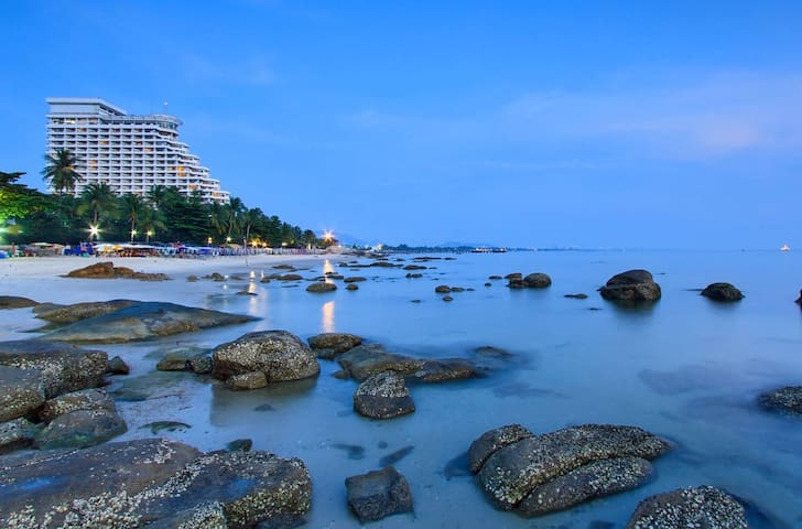 RHH8 Hua Hin Beach 3min Night Market, City Beach - Hua Hin - Dom