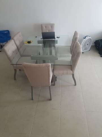 Big Dinning Room 6 People -Comedor para 6 personas