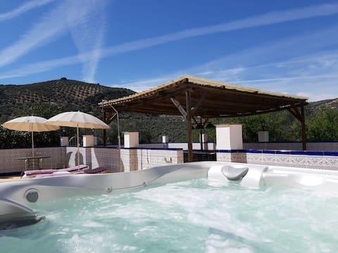 Luxury Poolside Apartment 1 - Shared Hot Tub/ Pool