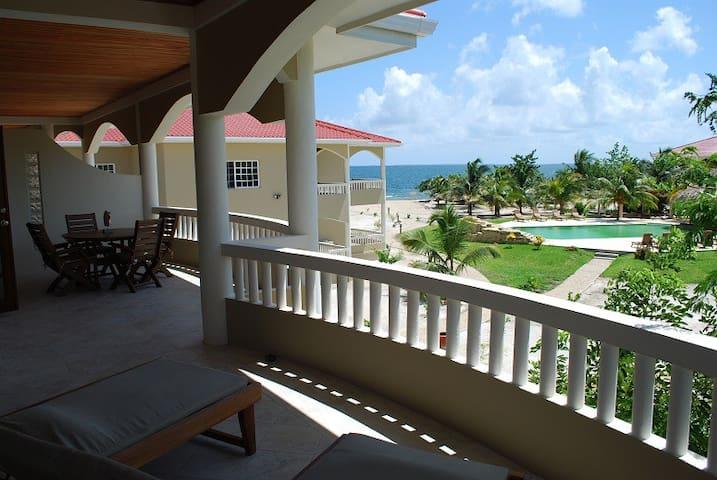 Los Porticos Villas - Pool View Villa 6C