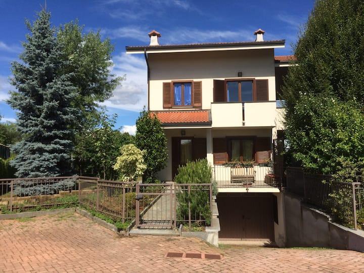 Warm home in quaint Italian town
