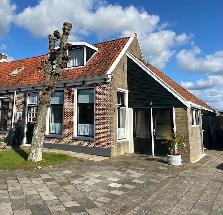 Vakantiehuisje nabij IJsselmeer