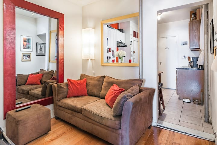 Cozy 1 BR Apt- Perfect Location NYC