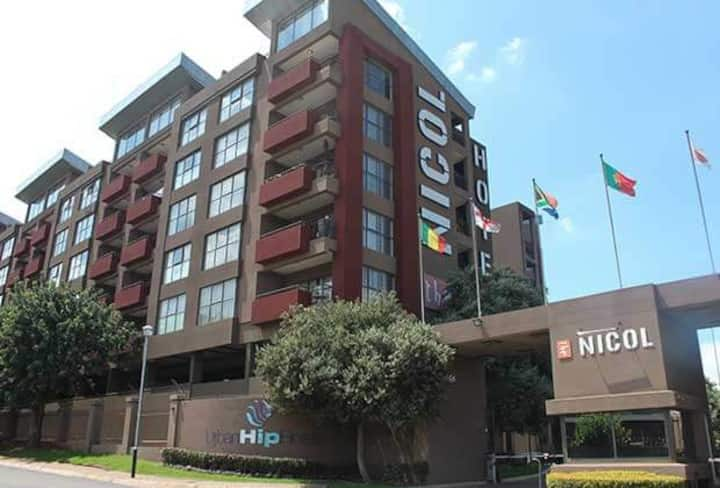 Two bedroom apartment in Bedfordview.Nicol Hotel .