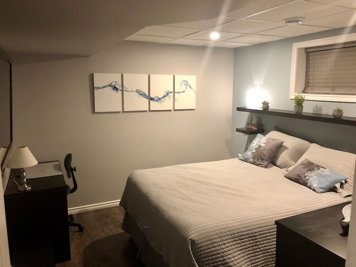 Modern 1 BR w/ Queen Bed, Private Bath & Laundry