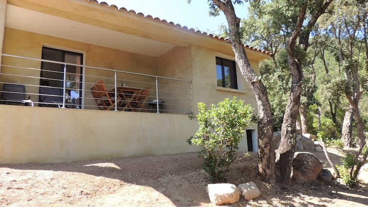 Beautiful mini villa with mountain view in the heart of the village of Conca