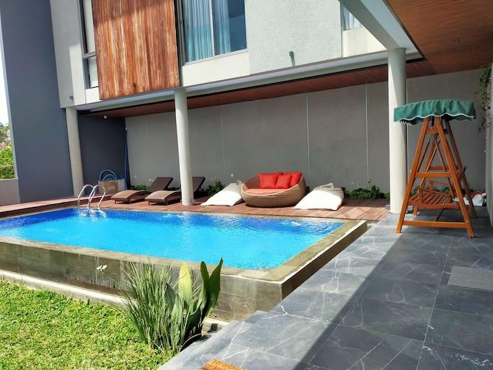 Villa Private pool Arunika Setiabudhi