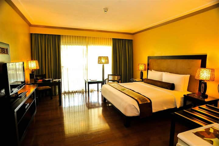 WF Executive Suite in Davao