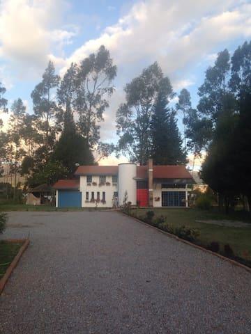 Hermosa Casa de Campo en Cayambe - Cayambe - Nature lodge