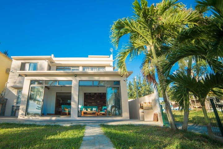 Sands villa