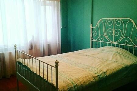 Spaciously Room  in Central! - Kadıköy, Bostancı