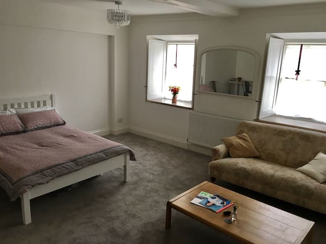 City Centre Basement Apartment - Norwich - Wohnung