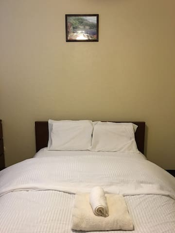 Private,Clean &Comfortable Room1 in Mira mesa