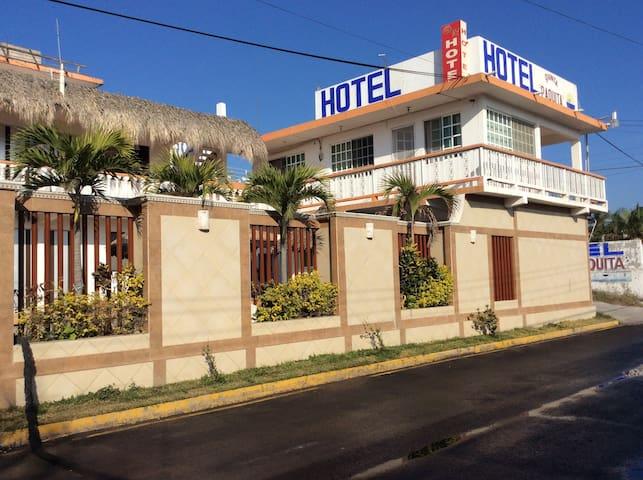 Hotel QP