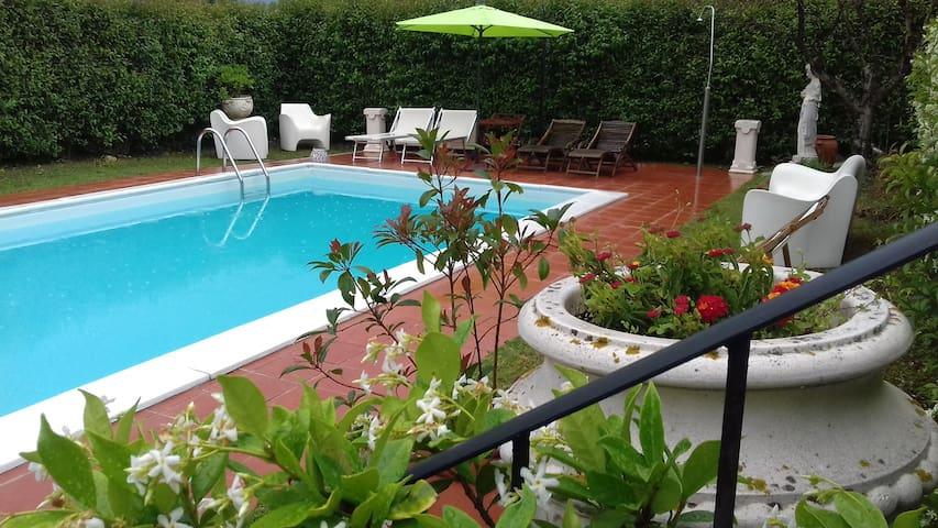 Villa con piscina 40 km da Siena