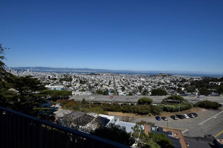 Twin Peaks Private room with a View - San Francisco - Apartment