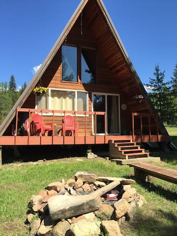 Completely Secluded and Cozy!  2 miles off I-90.