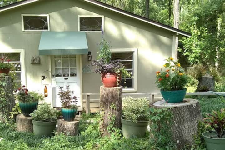 Millwood Cottage - an Idyllic country hideaway