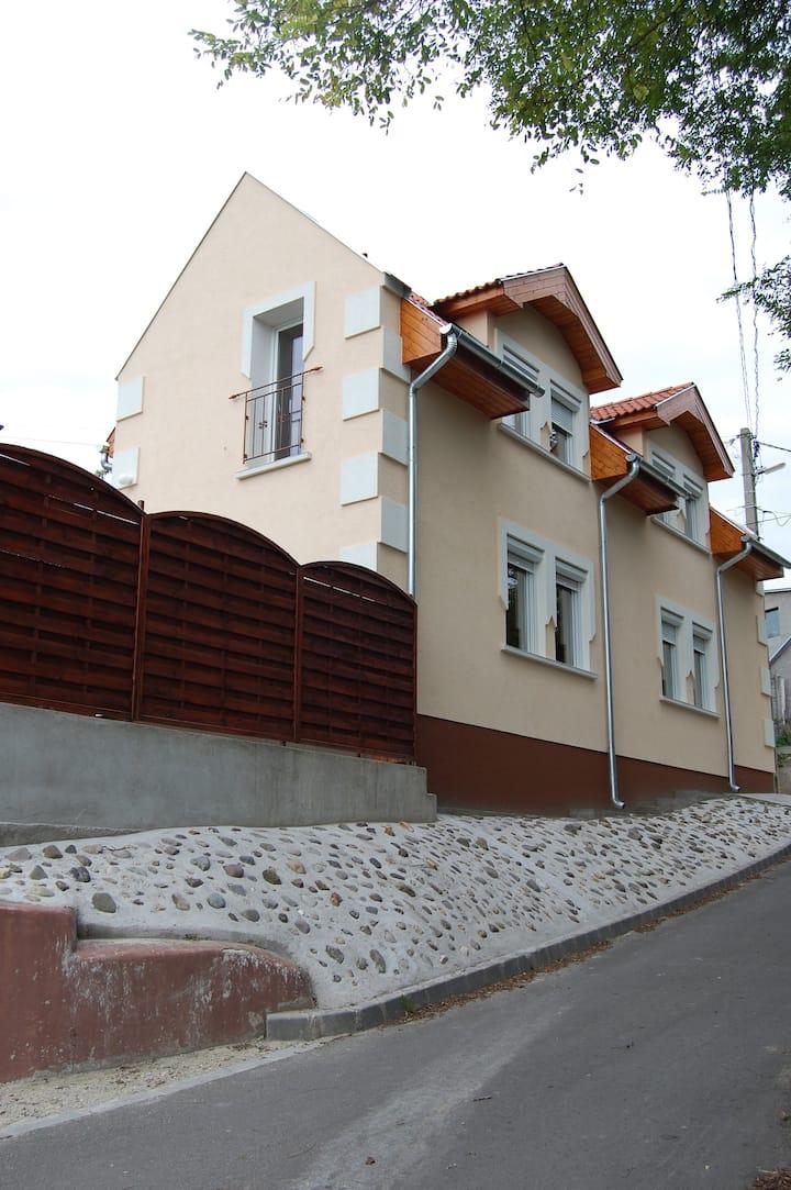 Nyugalom Szigete 2. / Tabán Apartman