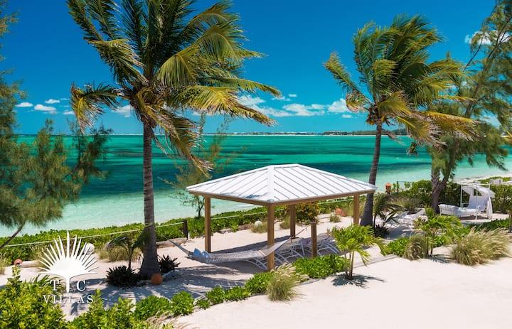 TC Villas // Reef Pearl -Private beach deck & more