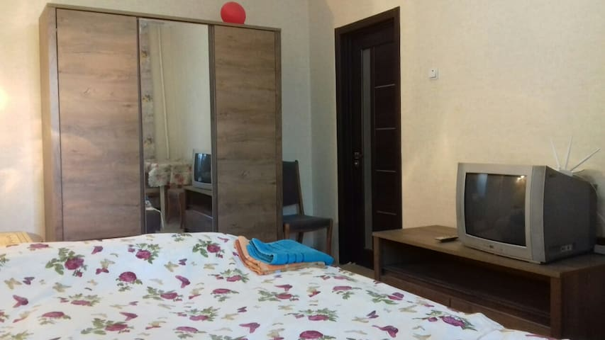 1-room Apartment @Teremky Metro Station with WiFi