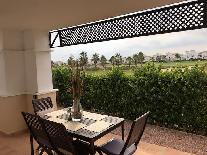 2 bedroom townhouse in golf/holiday resort
