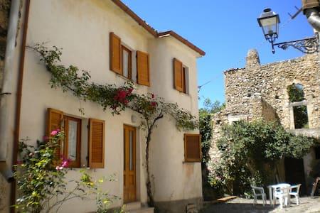 La Mandra: un break dallo stress della città - Villa Santa Lucia degli Abruzzi