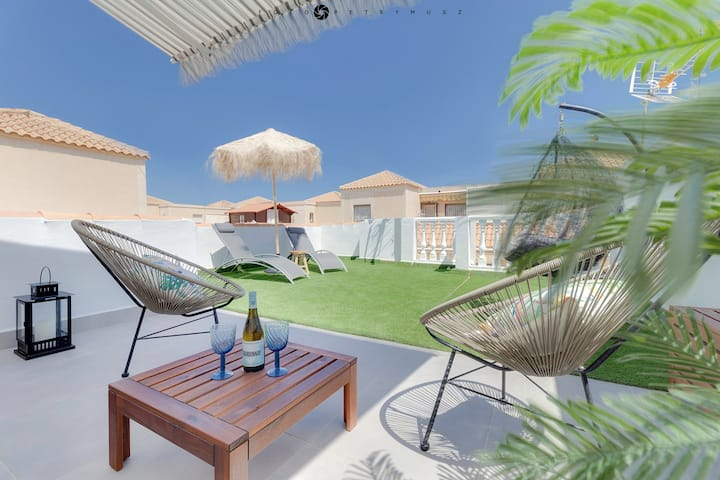 CASA TORRE Y SOL with big terrace & swimming pool