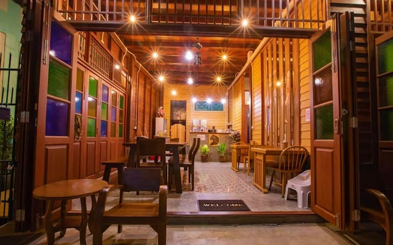 Bansoi 1 & Alley One Cafe (23 sq.m - Tonyang)