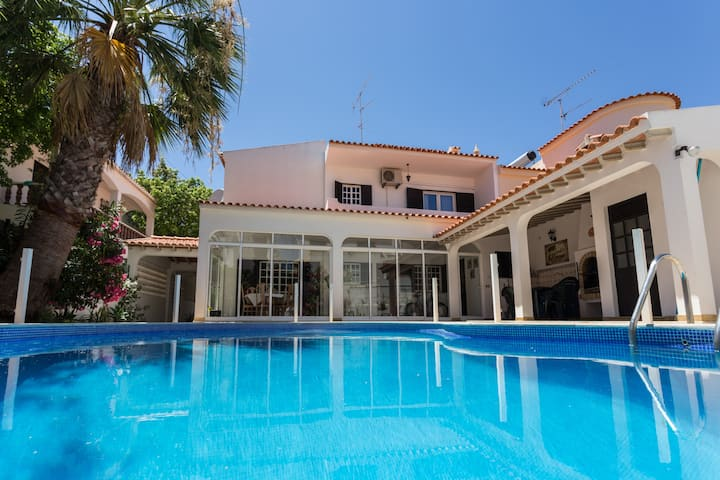 Algarve House with private pool