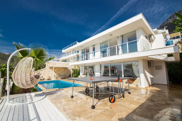Akdeniz Villam | Kiralık Villa 8 Kişilik
