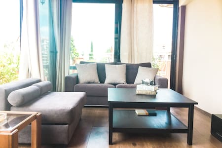 Beautiful Athens Rooftop Loft - Athina - Квартира