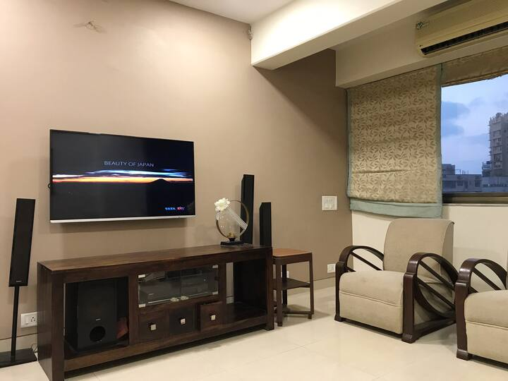 Doctor's Well Furnished,1 1/2BHK Apt, Malabar Hill