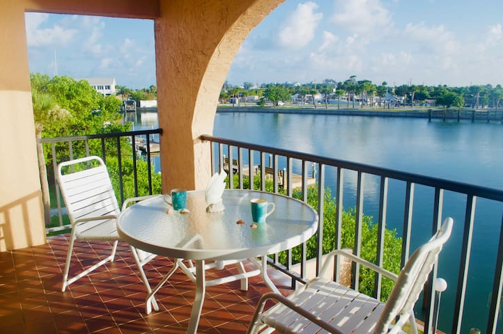 Bayfront with Panoramic Views at Manasota Key