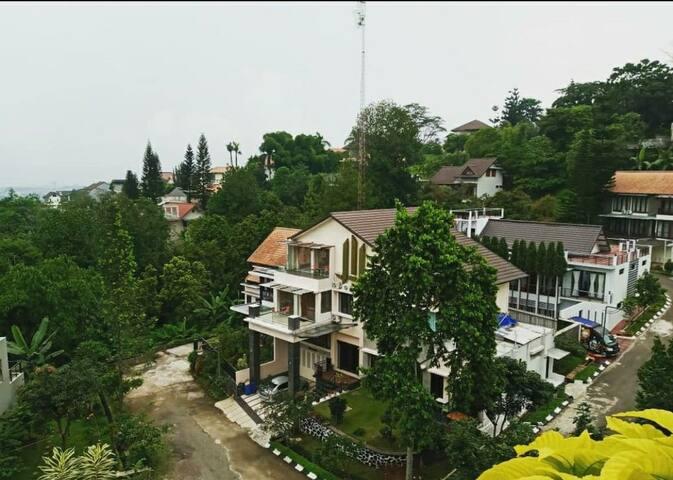 Villa Nirwana Dago