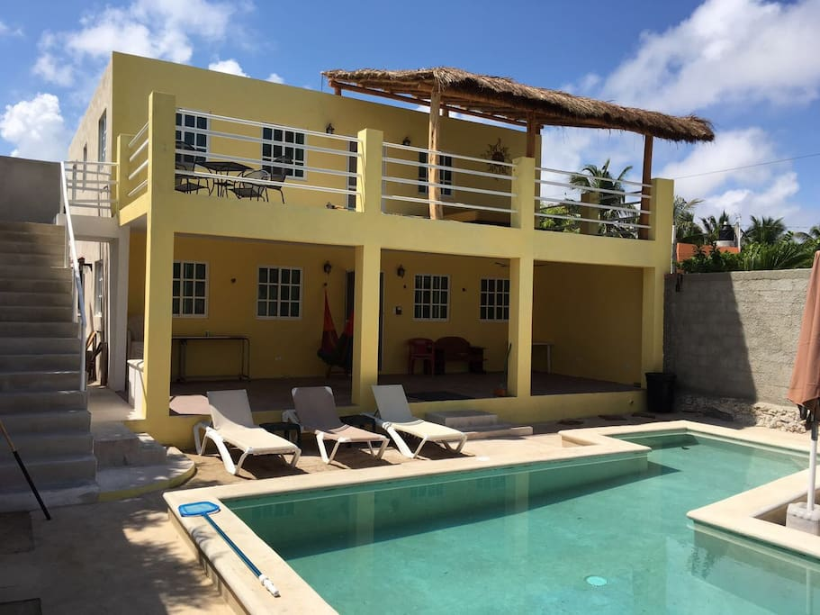Amazing beach house swimming pool houses for rent in chelem yucat n mexico for House with swimming pool for rent