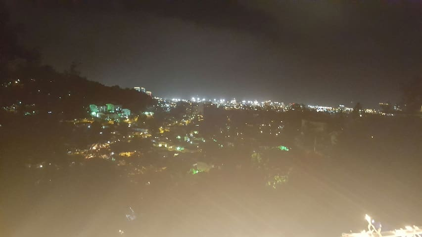 Cozy and  charming  The best view - Port of Spain