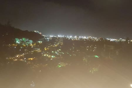 Cozy and  charming  The best view - Port of Spain - Rumah