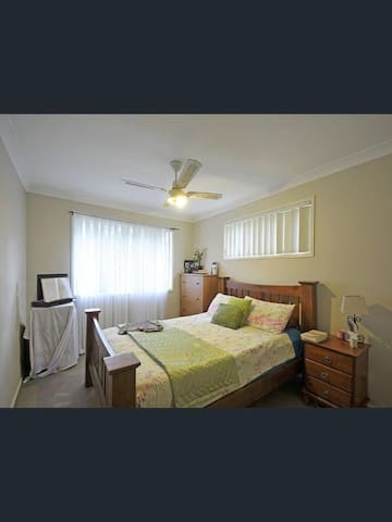 Gold Coast Beaches & Shops nearby - Reedy Creek - Apartment