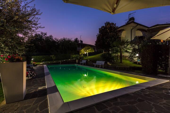 Villa Alberto Soiano del Lago - Soiano - Villa